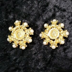 St. John Clip On Earrings (Vintage)